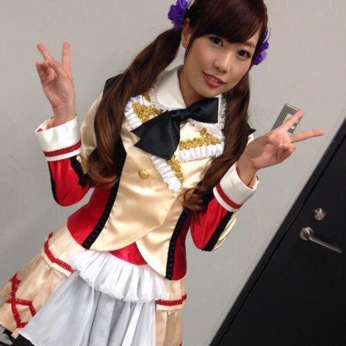 Kusuda Aina dressed as Nozomi Tojou backstage at Love Live! Dream Sensation 2015 (Source: kuma03281106 on twitter)